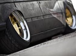 Отрицательный развал колес